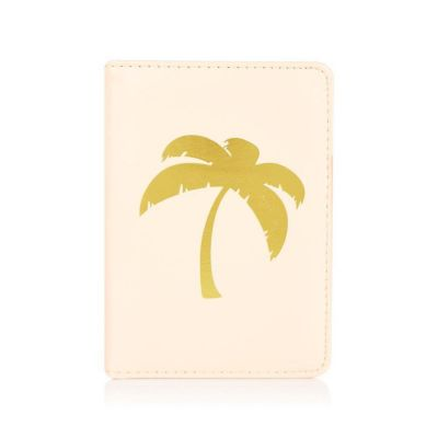Coconut Lane Palm Tree Passport Holder